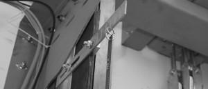 Detail uchytenia oceľového pásu